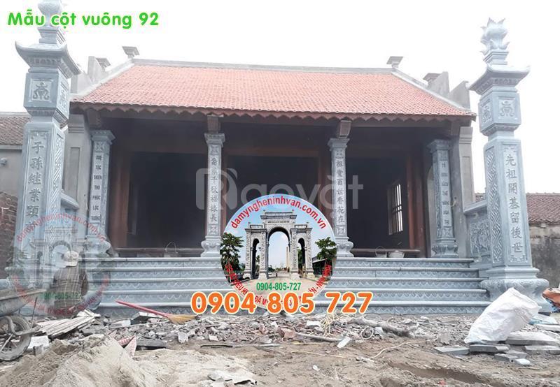 Cột đá tròn nhà thờ họ bằng đá ngoài hiên đẹp 49