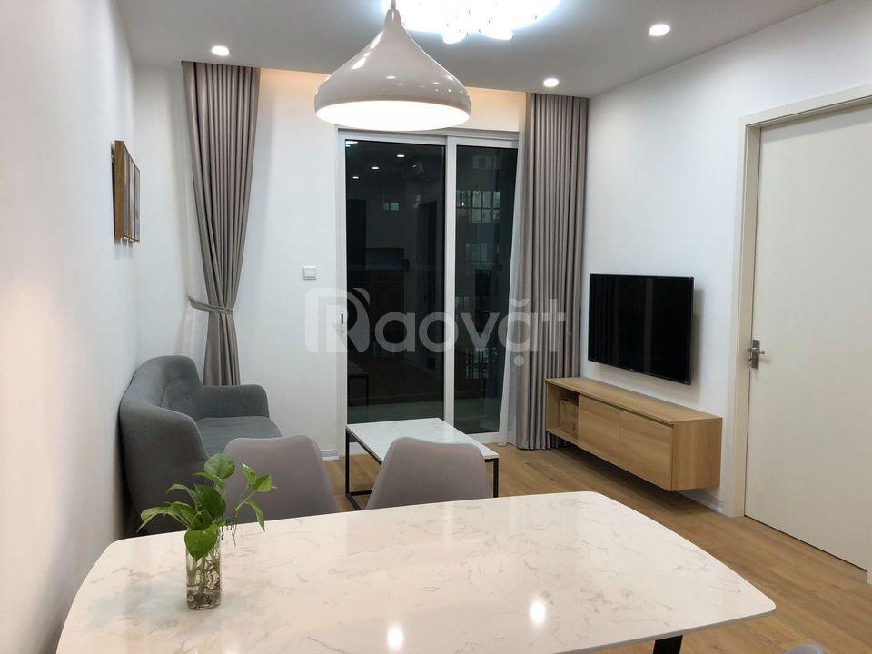 Cho thuê căn hộ Ecogreen 76m2, 2 phòng ngủ, có chỗ để ôtô