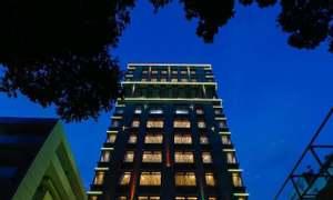 Bán khách sạn 3 sao 12 tầng, 40 phòng ở đường Láng