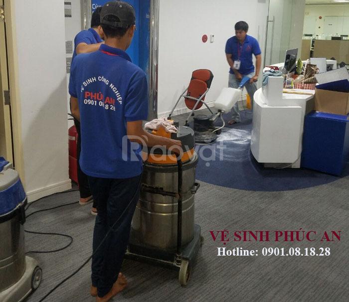 Công ty chuyên vệ sinh nhà, cung cấp tạp vụ, giặt thảm