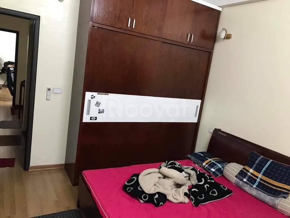 Cần bán nhà Định Công, DT 53/48 m2, 5T