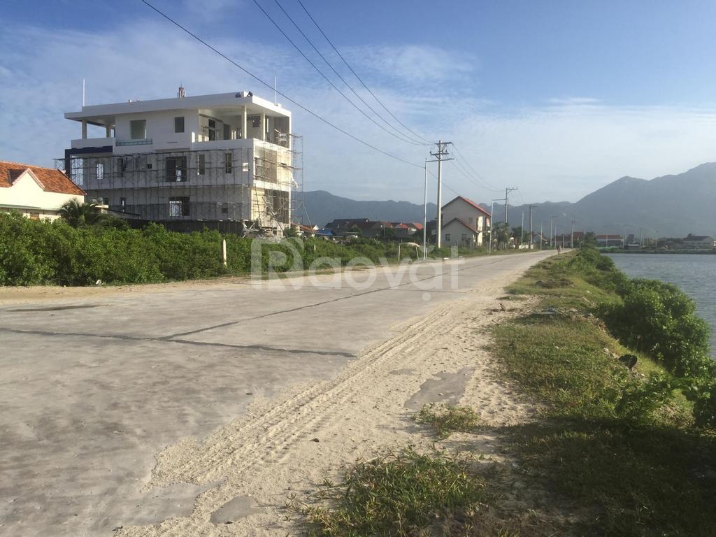 Chính chủ bán đất mặt tiền biển (Dốc Lết)
