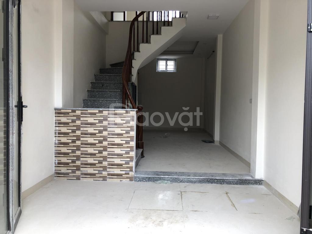 Nhà Yên Nghĩa, Hà Đông, 43m2, 4 tầng, SĐCC, cách 15m đường ô tô
