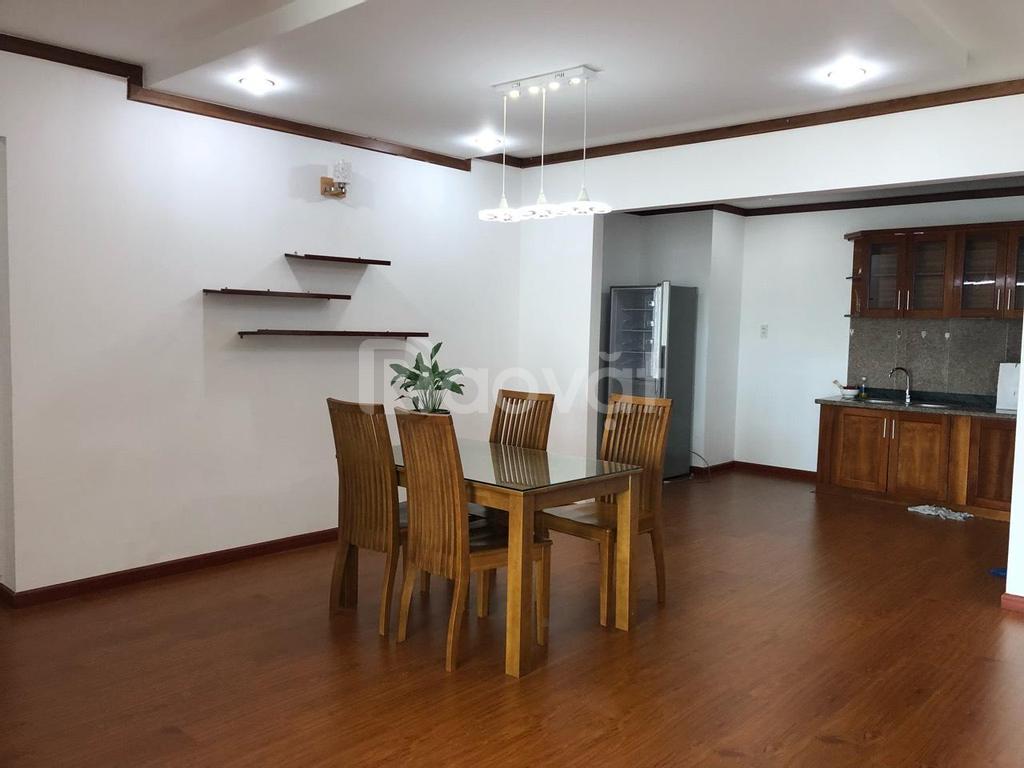 Cần cho thuê căn hộ cao cấp Giai Việt Q.8, 115m2, 2pn