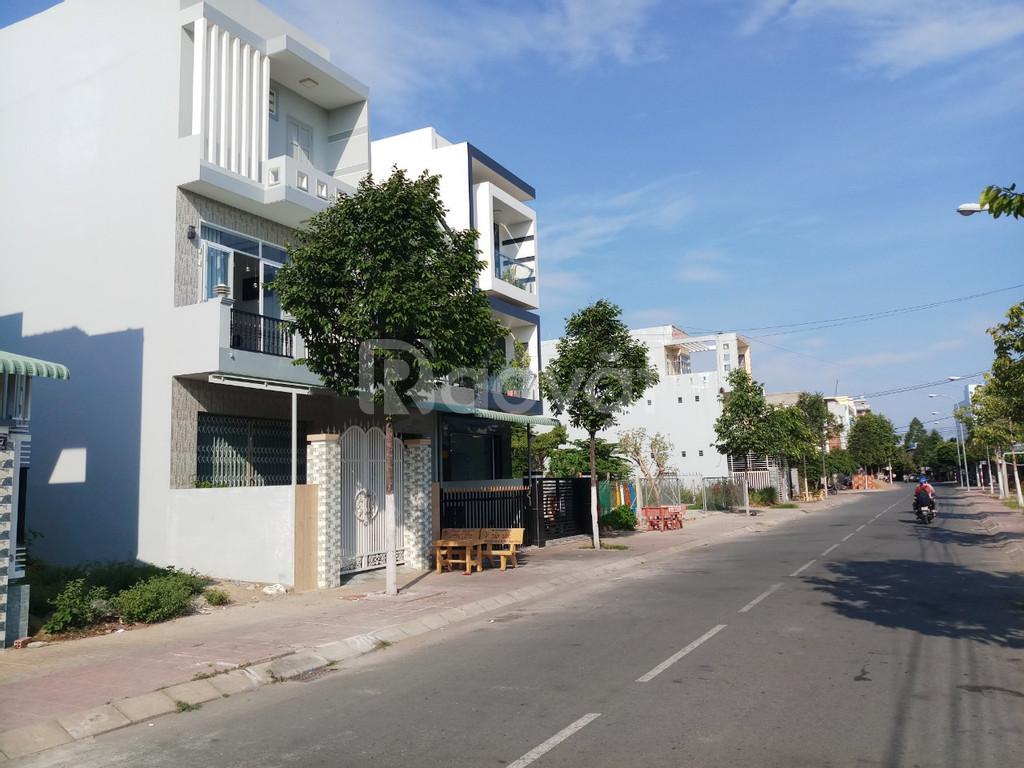 Thanh lý gấp nhà phố đường lớn trong khu Tân Tạo, Bình Tân