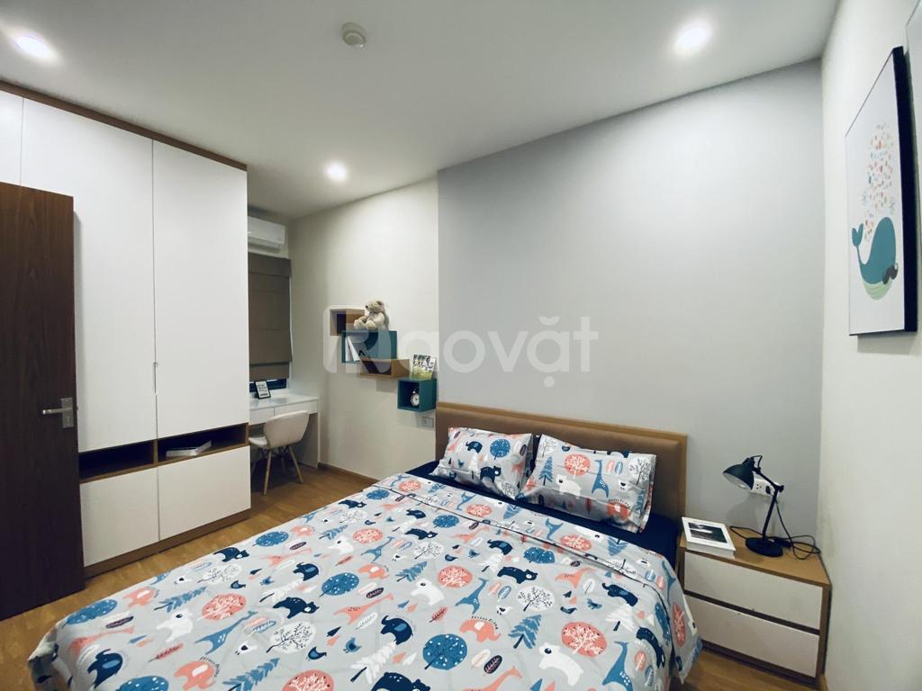Thuê vào ở ngay căn hộ chung cư 2PN + 1TSG Lotus Sài Đồng Long Biên