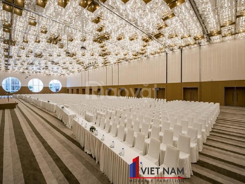 Vách ngăn đẹp tạo sự khác biệt cho nhà hàng White Palace Thủ Đức