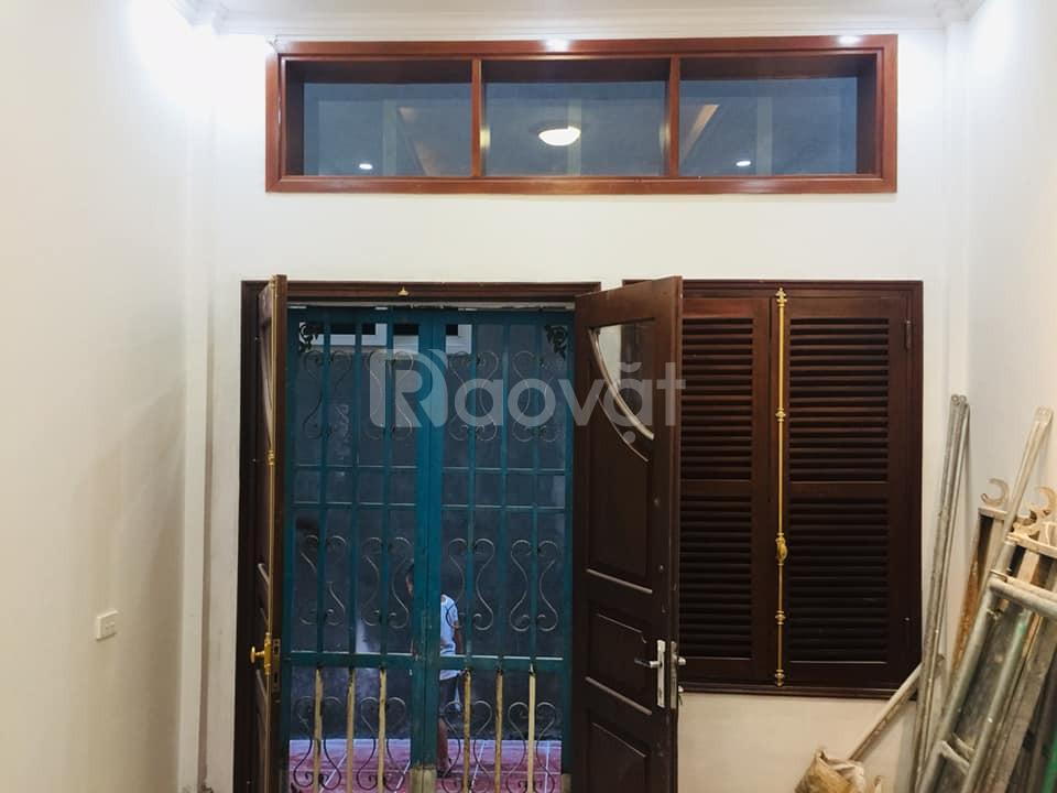 Bán nhà phố Hào Nam, lô góc, mặt tiền 7m, ôtô đỗ