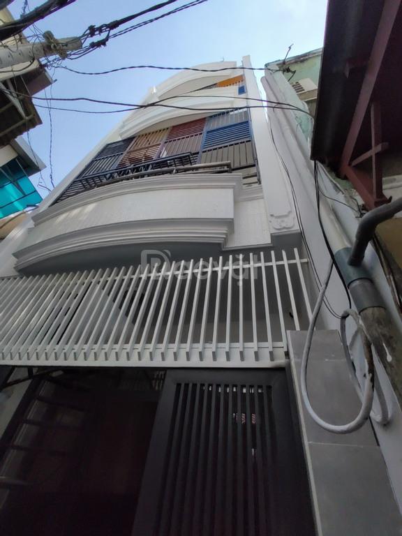 Bán nhà 9 phòng đường Bùi Đình Túy, phường 24, Bình Thạnh