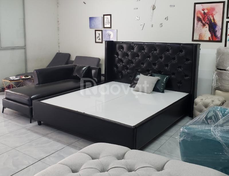 Giường sofa màu đen kết hợp ghế thư giãn