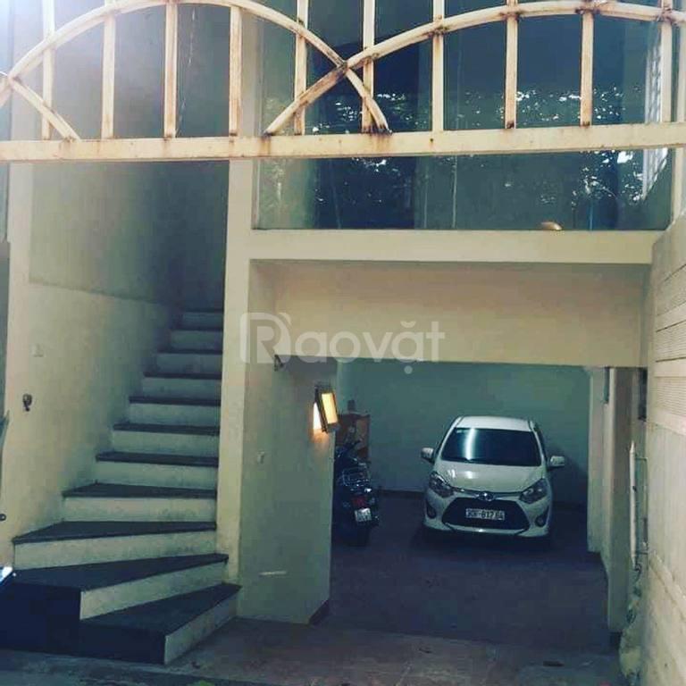 Bán nhà mặt ngõ Ngọc Thụy, ôtô vào nhà, giá tiền hiếm
