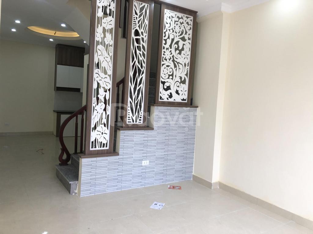 Nhà 35m2, 3-5 tầng ngõ 1022 Quang Trung, Yên Nghĩa, Hà Đông