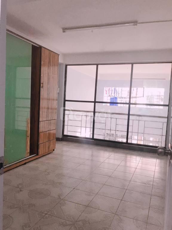 Hẻm xe hơi, mặt tiền 15m, 35m2, 3 tầng, P.12, Tân Bình