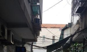 Bán gấp nhà HXH, Cống Quỳnh, P.Nguyễn Cư Trinh, Q1, 3 tầng