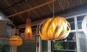 Đèn gỗ làm từ veneer, nét đẹp đến từ chất mộc