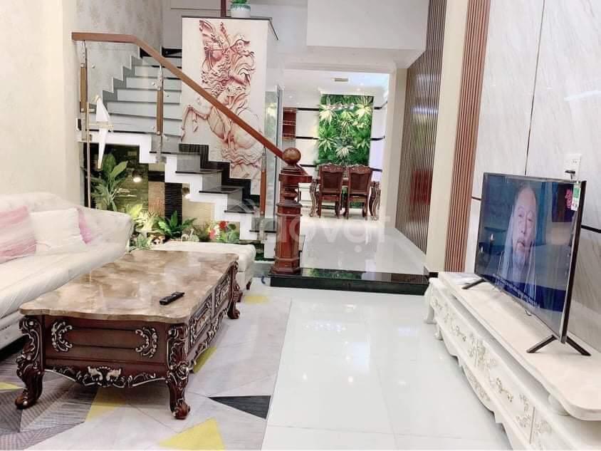 Nhà GV 4 tầng HXH gần mặt tiền Nguyễn Tư Giản 56m2