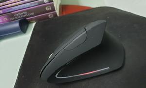 Chuột không dây chống mỏi tay và chuột có dây đổi 5 màu liên tục