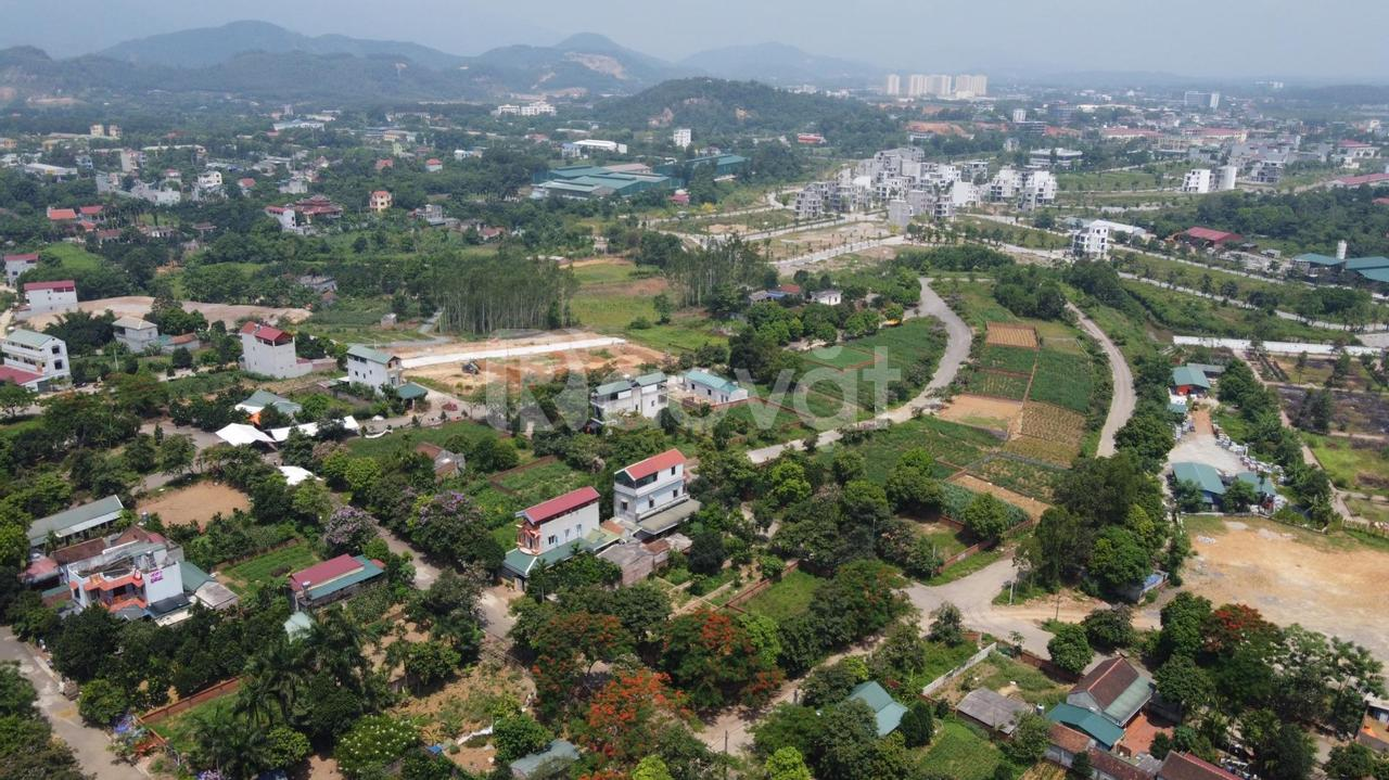 Bán đất tái định cư Vai Réo giáp CNC, diện tích 169m2