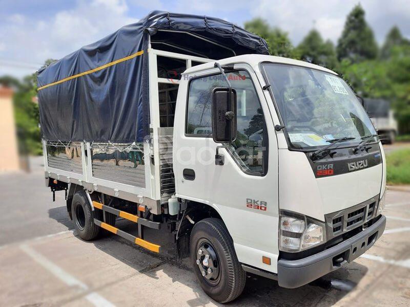 Xe tải Isuzu đại lý chính hãng giá tốt