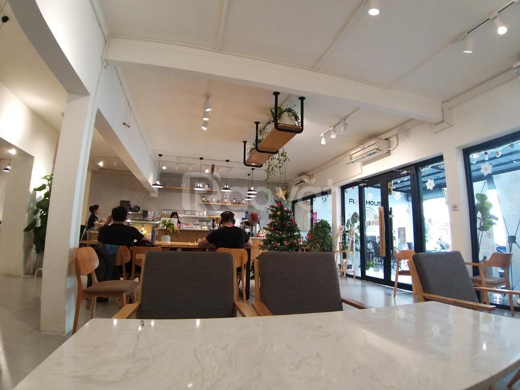 Cho thuê nhà mặt tiền 6C Trần Quang Diệu Quận 3