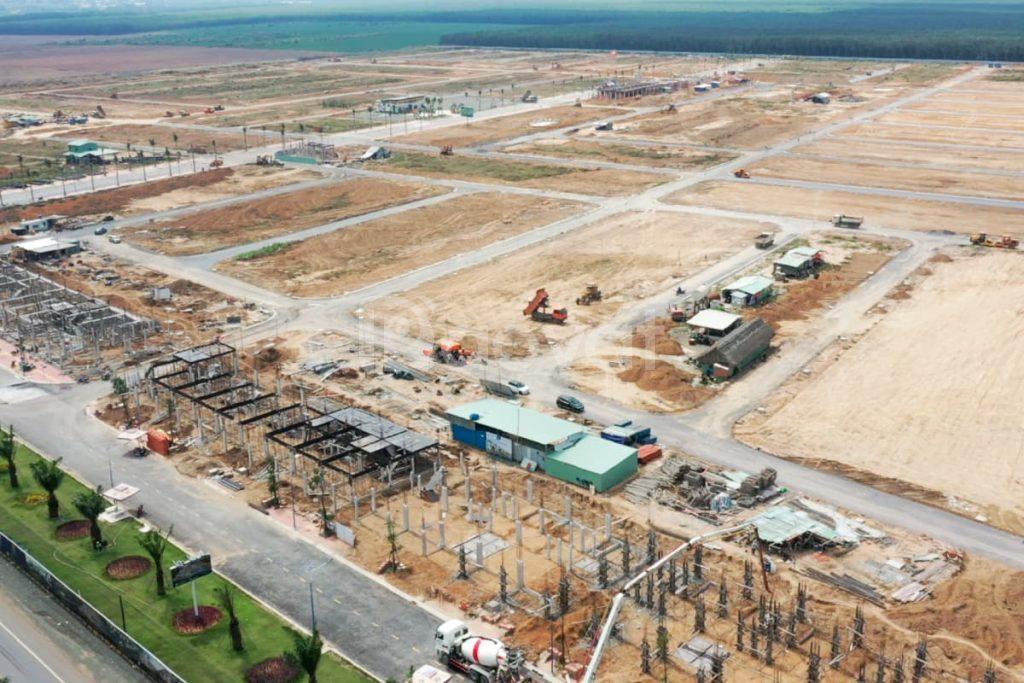 Bán nền đất ngay mặt tiền đường ĐT 769 cách sân bay 2km KDC hiện hữu