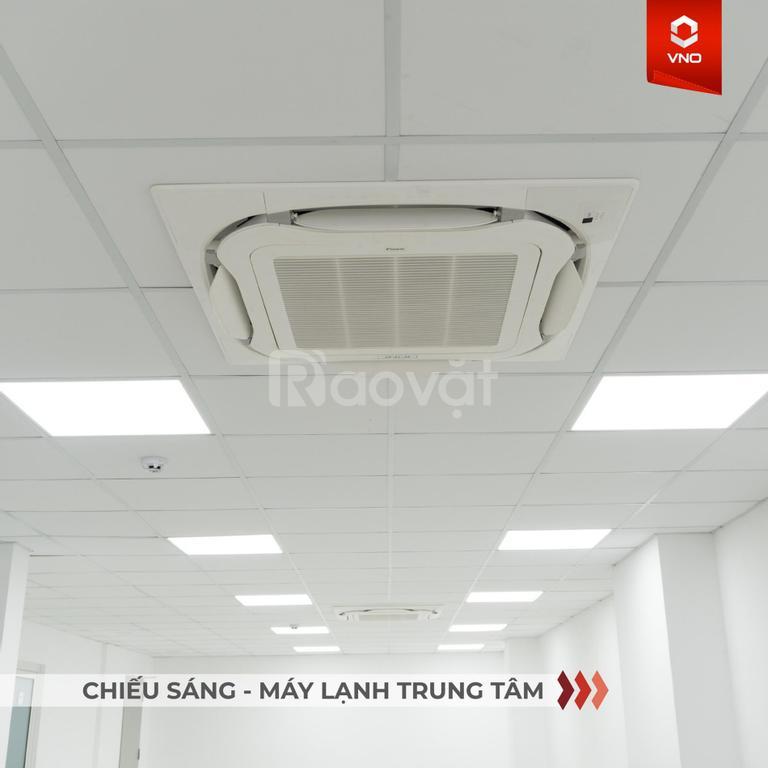 Cho thuê 2 sàn trống, tổng diện tích 400m2 làm văn phòng tại P.Đa Kao