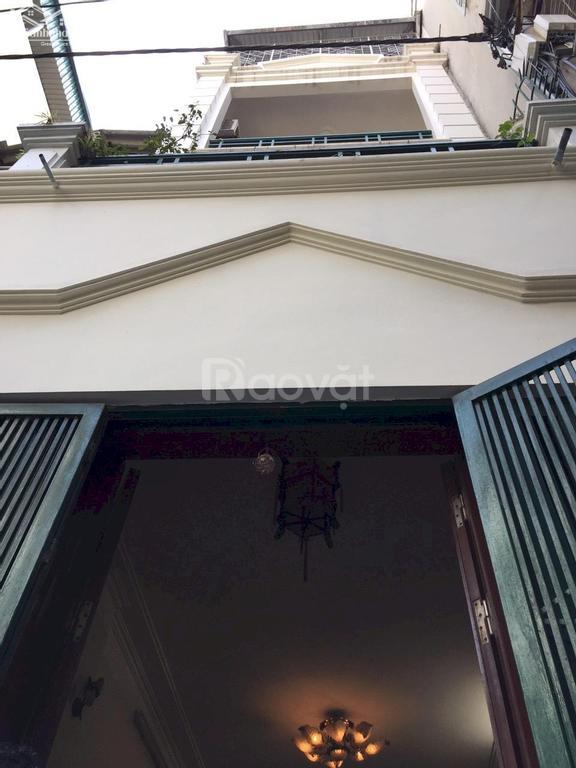 Bán nhà ngay gần mặt phố Hồng Tiến