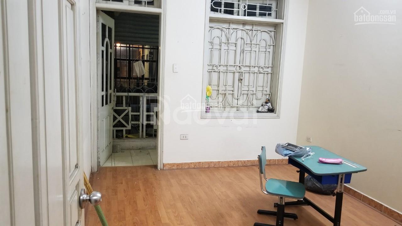 Cần bán căn hộ tập thể, căn góc,  57m², 2PN, Quận Bắc Từ Liêm