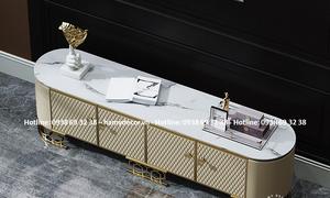 Cửa hàng bán kệ tivi bọc da khung inox mạ vàng đẹp sang trọng tại HCM