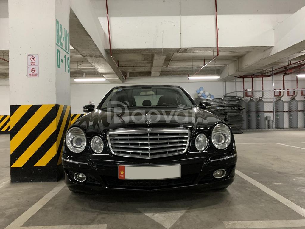 Bán Mercedes E280 sản xuất 2008, màu đen số tự động, nhập khẩu