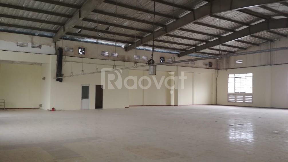 Cho thuê nhà xưởng kiên cố 3.900m2 MT Quốc Lộ 1A, giá rẻ cạnh tranh