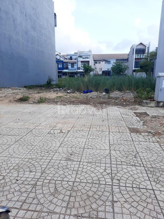 Đất mặt tiền Lê Thánh Tôn, TTTP Quảng Ngãi