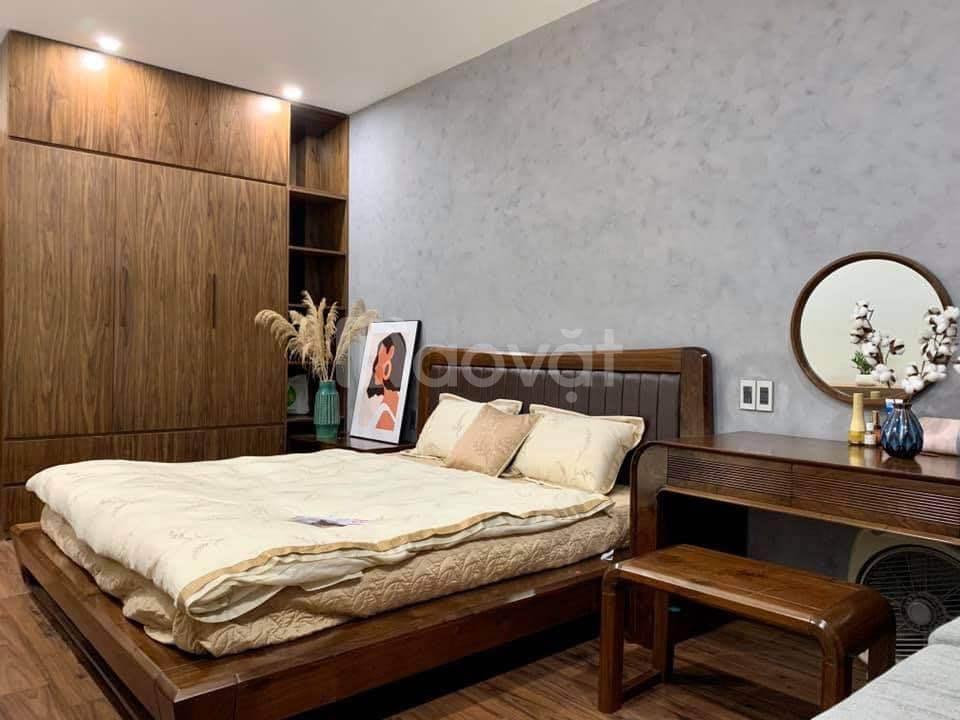Nhà Trần Duy Hưng, Nguyễn Khang, lô góc, C phố 20m, ôtô 7 chỗ vào nhà