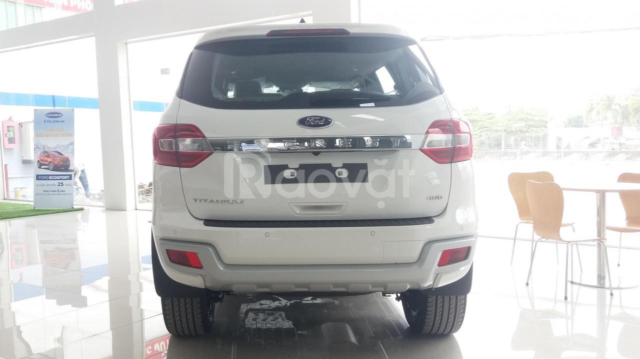 Ford Everest Titanium 4WD 2021, xe 7 chỗ máy dầu nhập nguyên chiếc