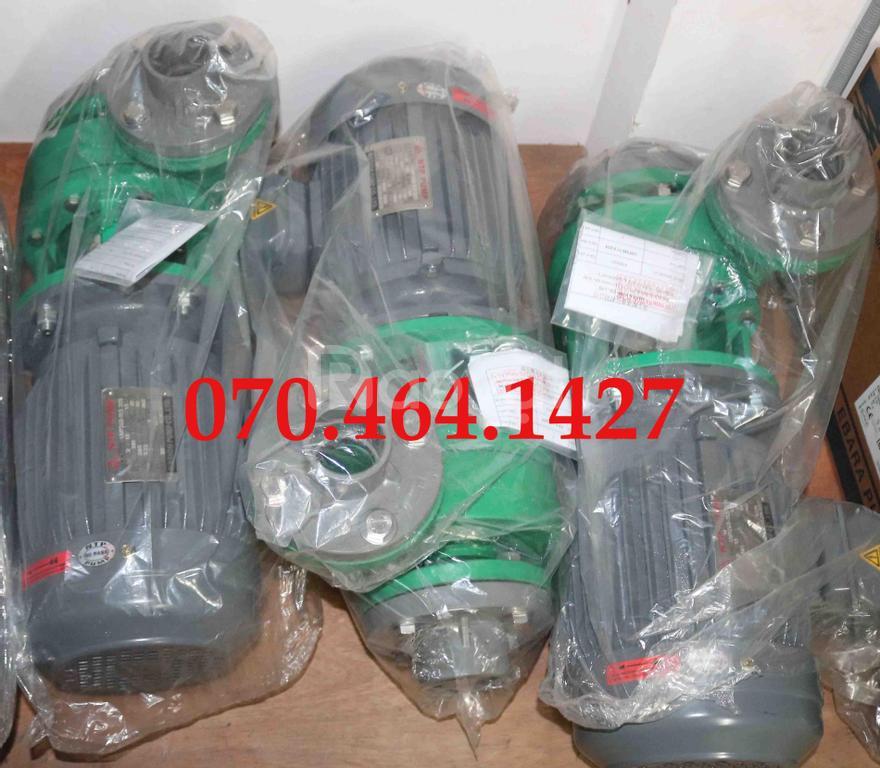 Bơm hoá chất đầu nhựa hãng NTP, giá tốt khi mua số lượng