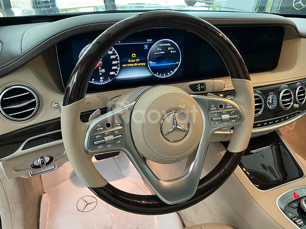 Chính hãng bán xe Mercedes S450L đăng ký 2020 nội thất màu kem, giá rẻ