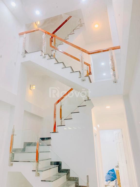 Bán nhà đẹp hxh 136/28 Trần Quang Diệu, Q3, 3.5x10, 4 lầu