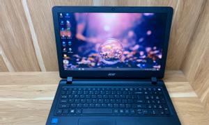 Laptop học tập và làm việc online Acer