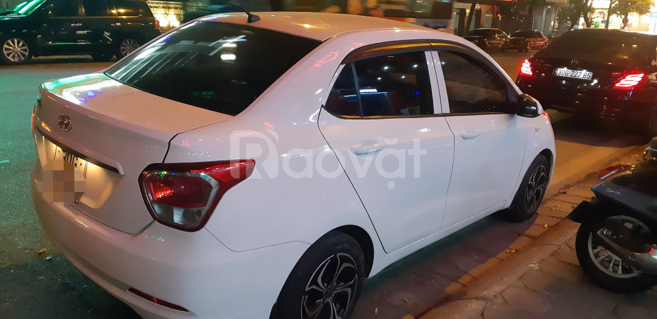 Xe quốc dân I10 MT sedan sx2016 bản nhập trắng đẹp không lỗi
