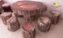 Bàn ghế đá quý độc đáo