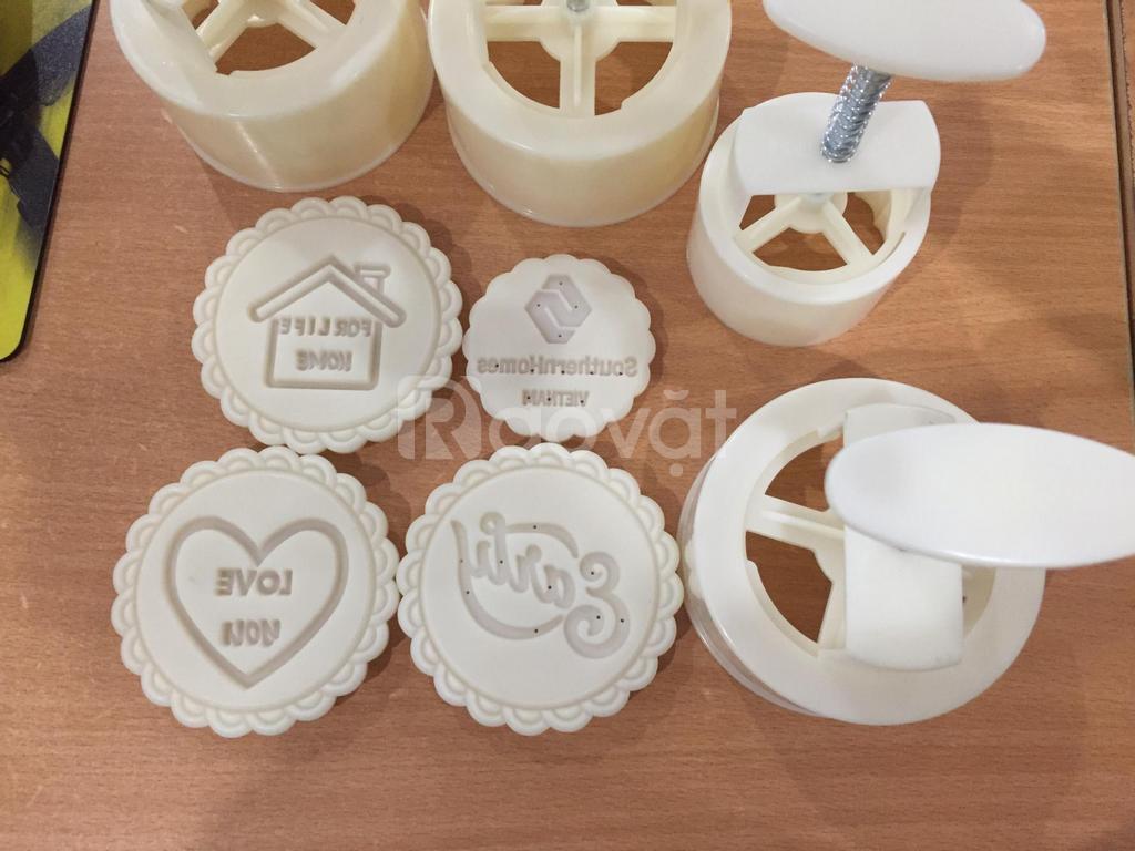 Sản xuất khuôn bánh trung thu theo logo yêu cầu, khuôn lò xo