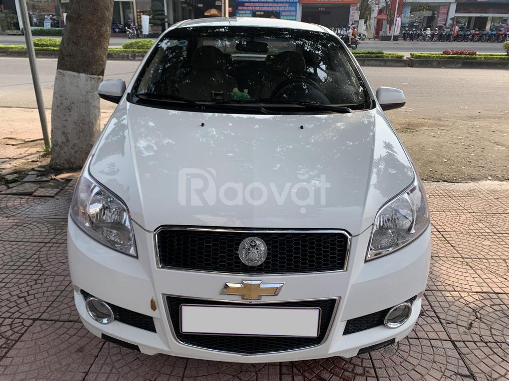Cần bán Chevrolet Aveo 2018 số tự động