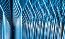 Hàng rào sơn tĩnh điện màu xanh chấn sóng ngang thân