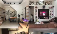Bán nhà mặt phố Bồ Đề, nội thất đẹp, hiện đại cách Bờ Hồ 1,5km