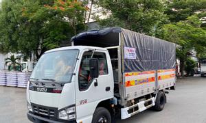 Xe tải Isuzu QKR77HE4 2.9 tấn thùng bạt