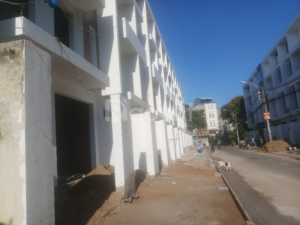 Sản phẩm nhà phố khu Tên Lửa mới xây, khu đông dân, sổ riêng