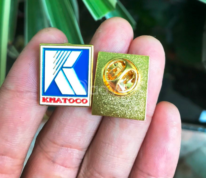 Huy hiệu công ty, huy hiệu nhân viên, huy hiệu nhóm, sản xuất giá rẻ
