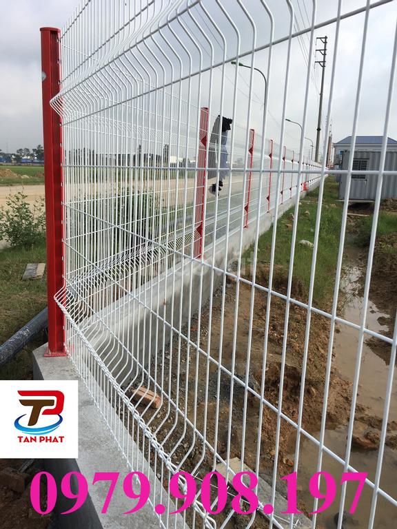Hàng rào lưới thép chấn sóng