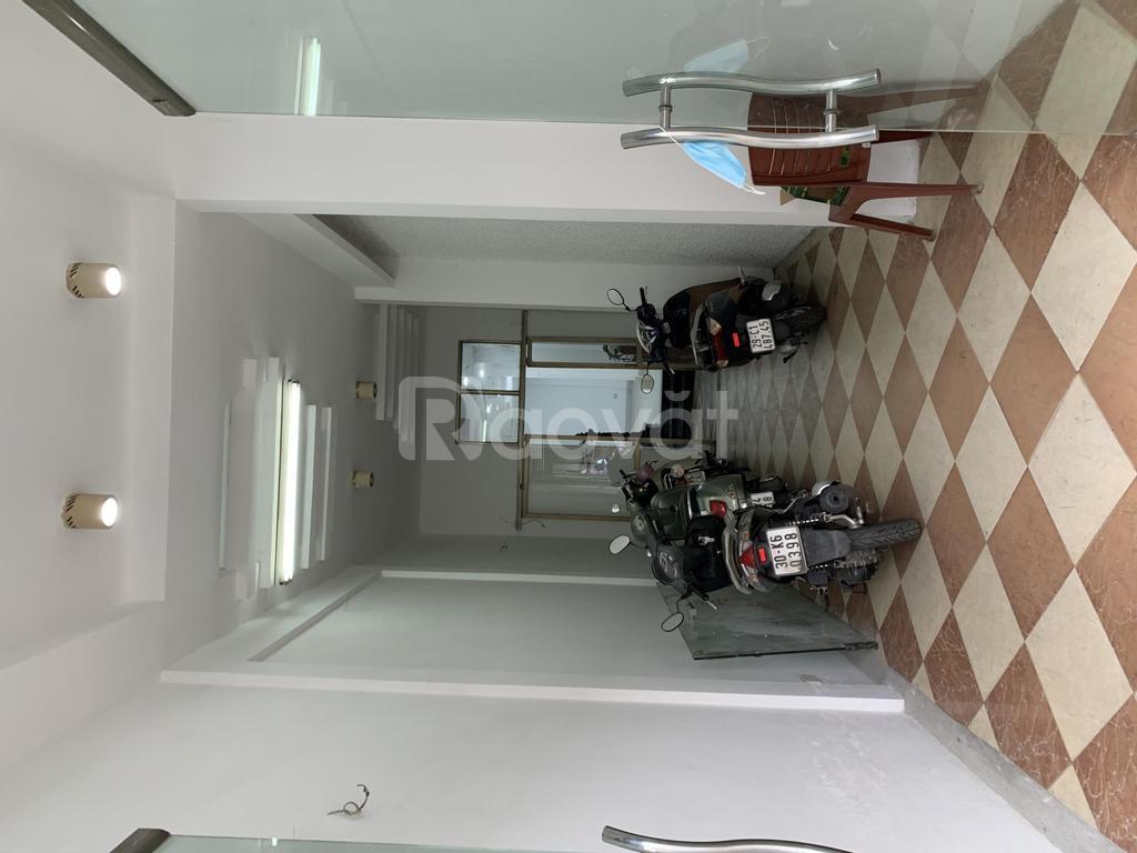 Cho thuê tầng 1 mặt phố 21 Nguyễn Công Trứ