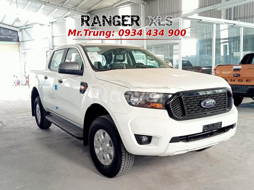 Bán tải 5 chỗ Ford Ranger XLS 4x2 MT, ưu đãi đặc biệt, Ford Long An